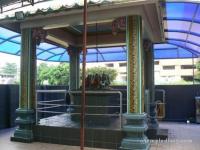 KUIL SRI MUNISWARAR,1 JALAN MEMPELAM, TAMPOI  (BATU 5, JALAN