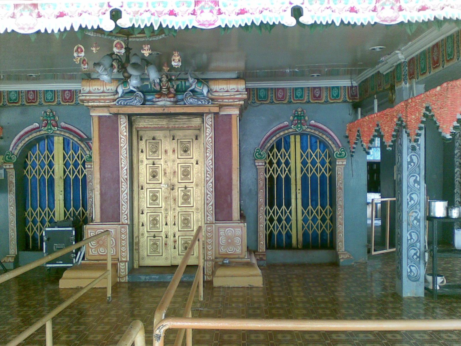 Kuil Arulmigu Sri Melmalayanur Angala Parameswari Amman